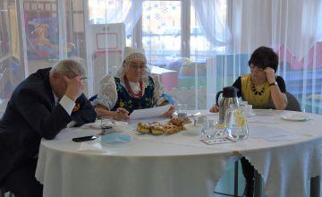 Jury podczas wyboru zwycięzców konkursu