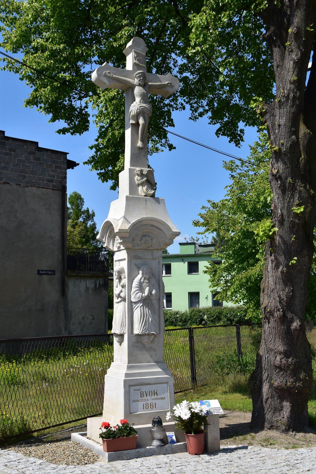 Krzyż przydrożny, Bieruń ul. Łysinowa