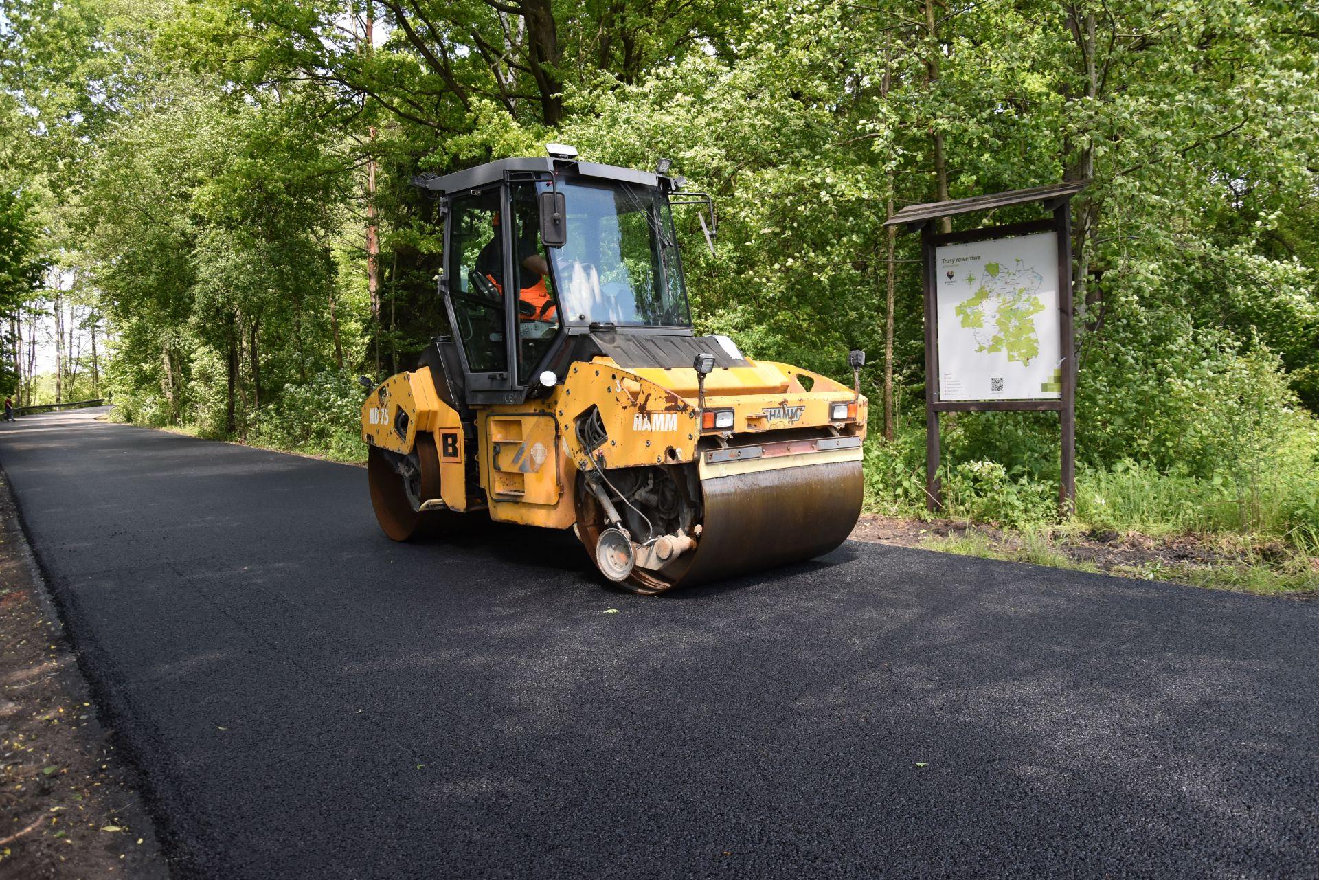 Zamoście - asfaltowanie